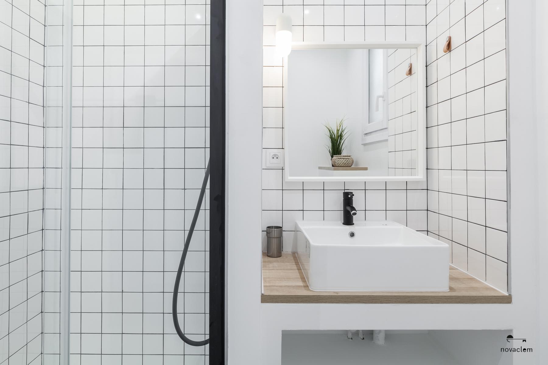 Novaclem -Salle de bain après travaux Coloc Monastère - Investissement Marseille